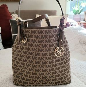 NWT Michael Kors Modified Hobo Shoulder Bag